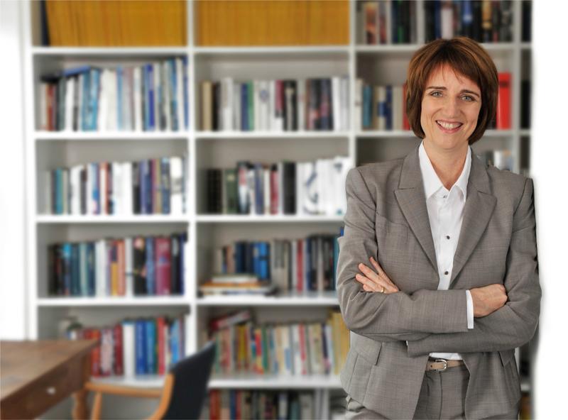 Dr. Antonia Püschel